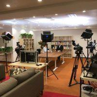 浜町Cスタジオで対談番組を撮影