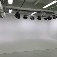 パンダスタジオの白ホリ工事
